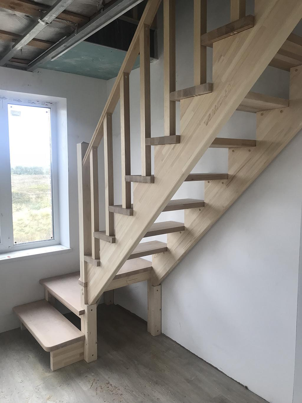 Winder staircase with wooden steps